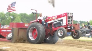 Larry Lawrence - 11,500lb Too Hot To Farm